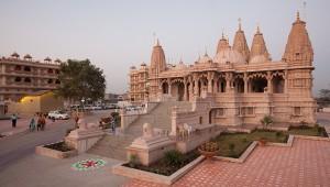 BAPS Shri Swaminarayan Mandir Essex 1