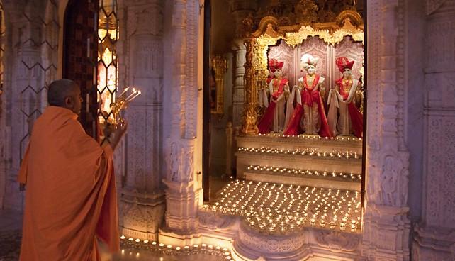 BAPS Shri Swaminarayan Mandir Essex 3