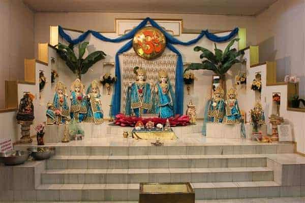 Hindu Society Of Calgary Hindu Mandir (1)