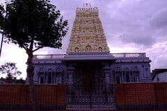 London Sri Murugan Temple 3