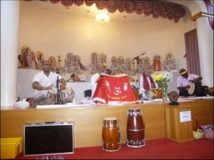 Maha Lakshmi Vidya Bhavan London 4