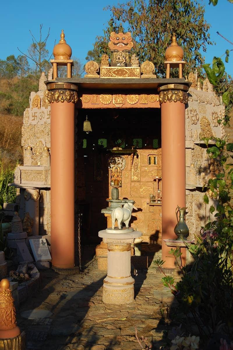Mount Morgan Shiva Temple (13)