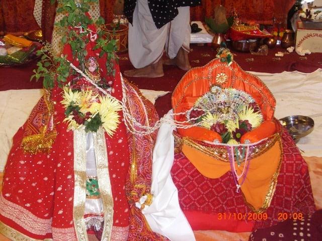 Sanatan Dharma mandol 1