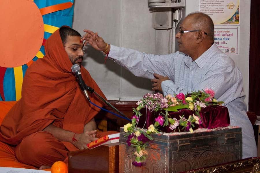 Shree Kutch Satsang Swaminarayan Temple [Mandir] 3