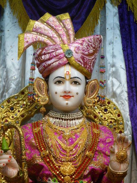 Shree Swaminarayan Temple London 4