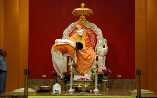 Shri Shirdi Sai Baba Mandir Chicago Aurora 4