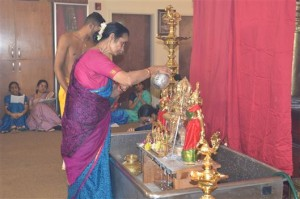 Sri Rajarajeswari Peetam Rush 6