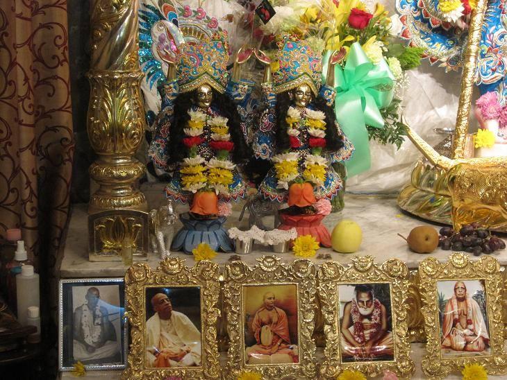 Sri Sri Krishna Balarama Mandir Queens  2